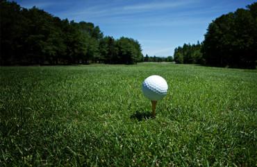 Cinq exercices préventifs pour vous préparez à votre saison de golf.